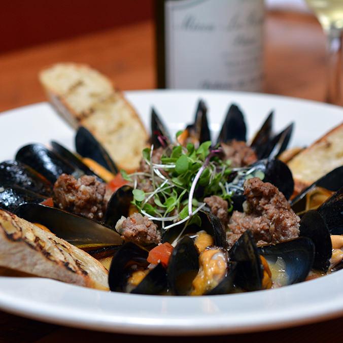 Pan Steamed PEI Mussels